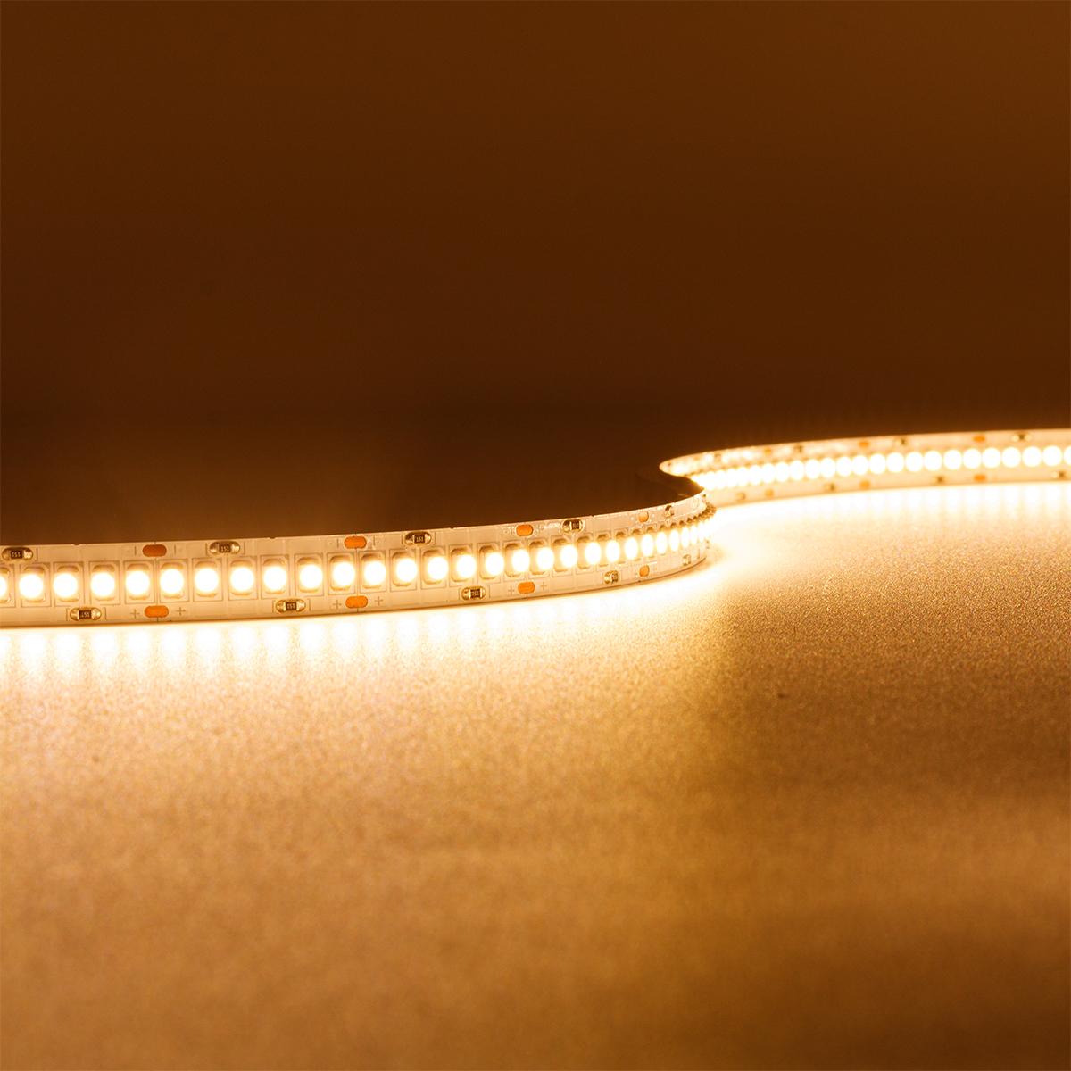 Strip Super Warmweiß 24V LED Streifen 5M 19,2W/m 240LED/m 10mm IP20 2700K